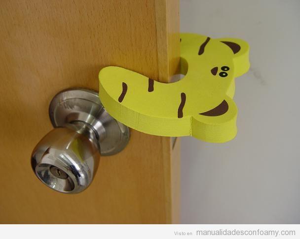 Tope de puerta con forma de animales para habitaciones for Puertas para animales