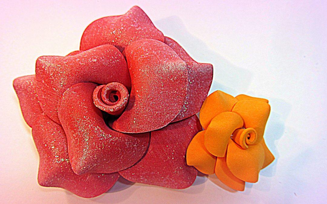 Increíbles rosas de goma eva, vídeo paso a paso