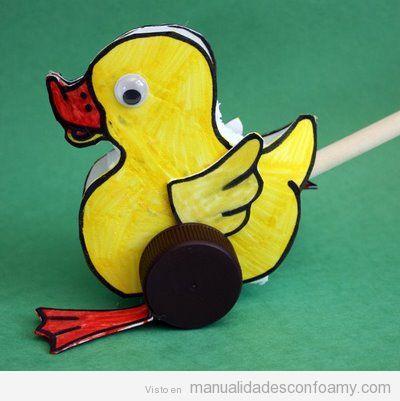 Tutorial paso a paso, manualidad de goma eva para niños, pato con rueda, paso 1