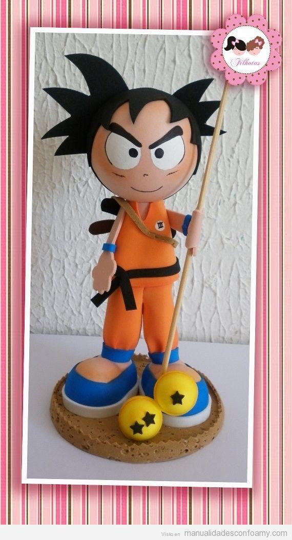 Muñeco fofucho, goma eva, Son Goku