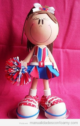 Muñeca de goma eva, fofucha, animadora, porrista o cheerleader