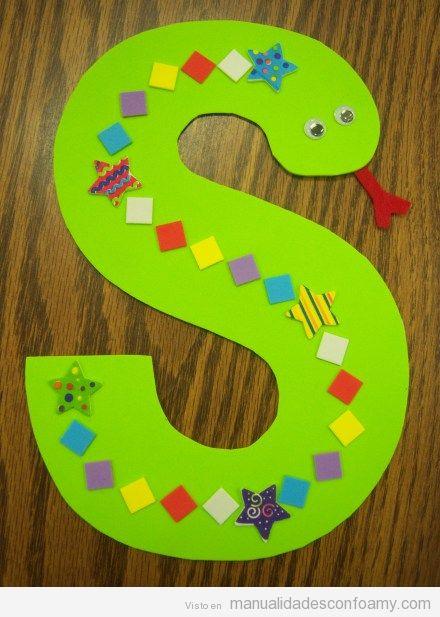 Abecedario infantil de goma eva, letra S de serpiente