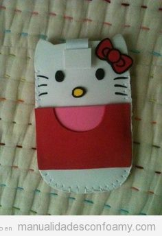 Funda móvil Hello Kitty, manualidades  goma eva