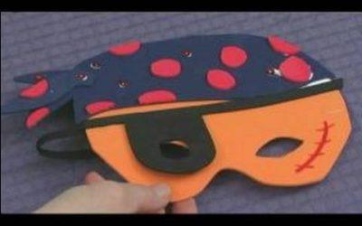 Máscara de pirata hecha con foamy