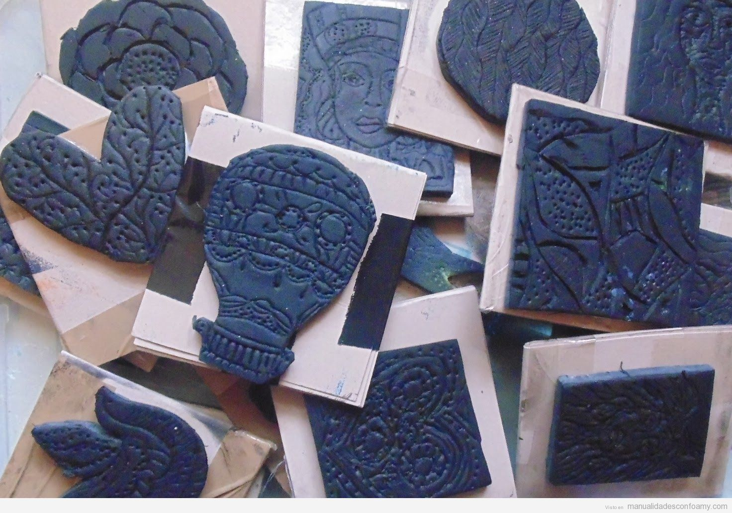 Sellos manualidades con foamy manualidades de goma eva for Como hacer sellos