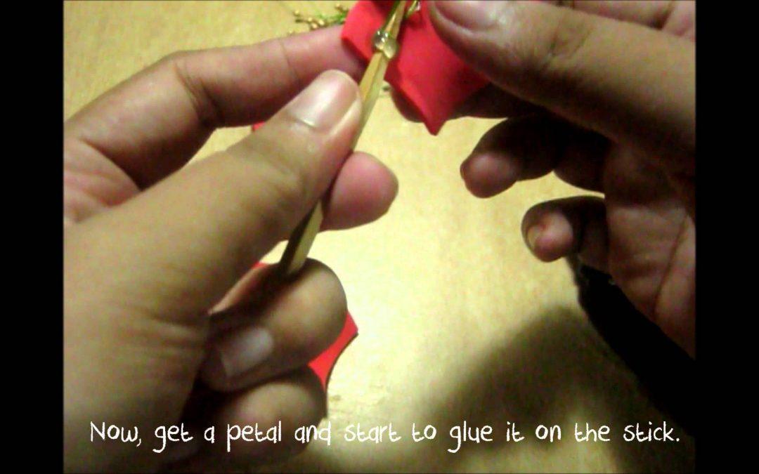 Instrucciones para hacer una preciosa flor de goma eva