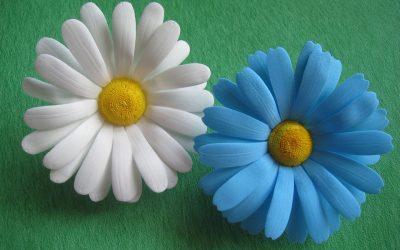 Flor de camomila o manzanilla hecha de goma eva (Videotutorial)