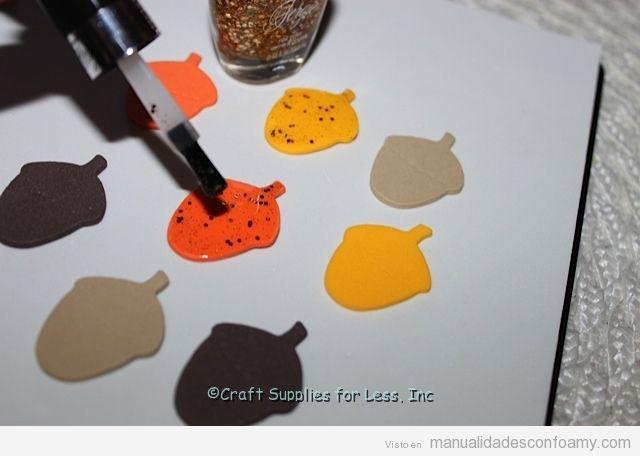 Tutorial guirnalda de foamy con hojas otoñales y bellotas 3