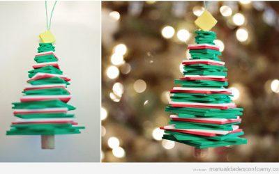 Árboles de Navidad de goma eva, fáciles para hacer con niños