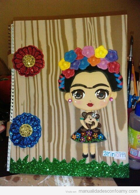 Libreta decorada goma eva muñeca Frida Kahlo plana