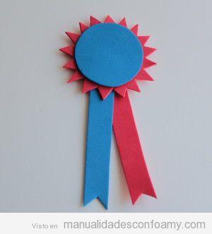 Manualidades niños, tutorial roseta goma eva para regalar en Día del Padre 2