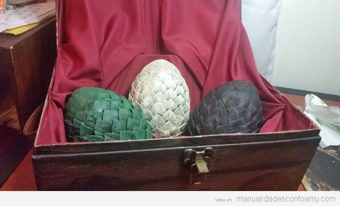 Huevos de dragón Juego de Tronos de goma eva