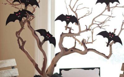 Manualidad goma eva para Halloween: centro de mesa con murciélagos