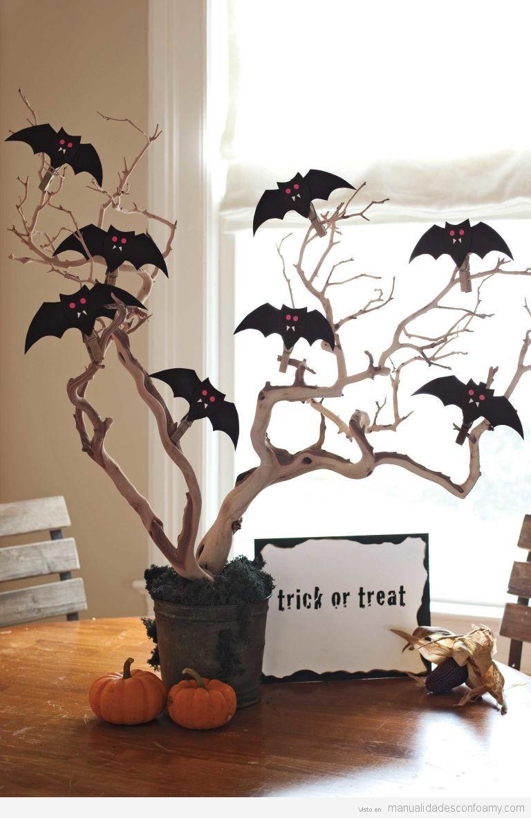 Manualidad goma eva para Halloween, centro de mesa con vampiros