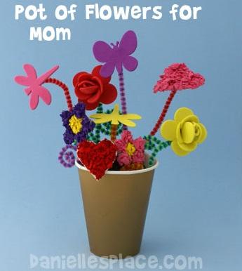 Manualidades con foamy dia de la madre, maceta con flores