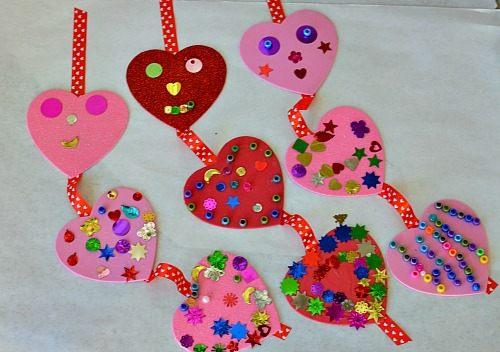 Manualidades foamy San Valentín corazones decorados