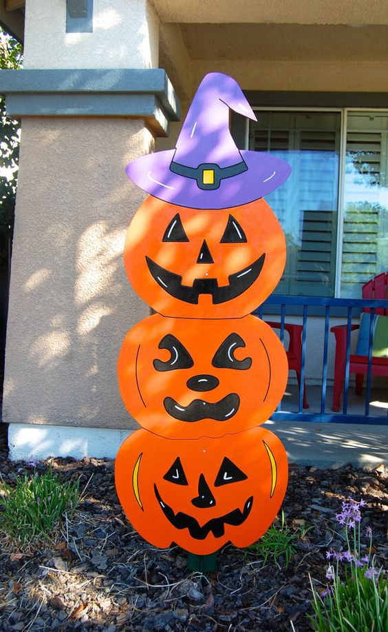 Decoración Halloween exterior de casa goma eva 2