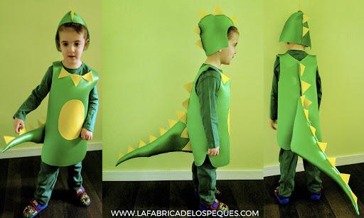 Disfraz con tela foamizada dragón